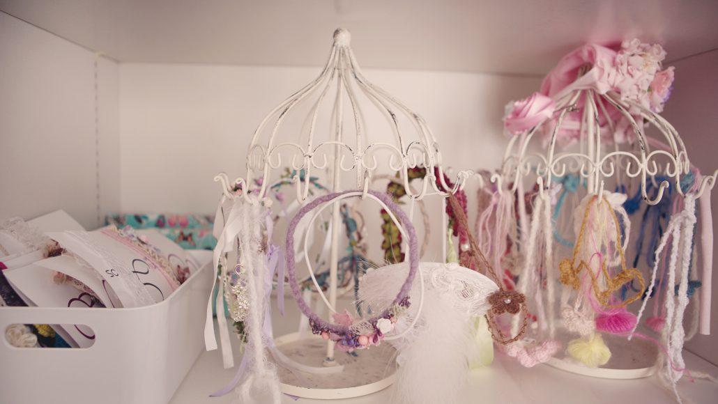 gerne stelle ich Haarkränze und Bänder für die kleinen Prinzessinnen :)